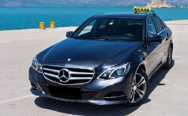 Transfers Unique Greek Tours: Silver Mercedes Benz taxi