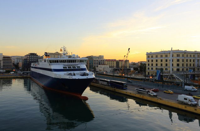 Athens or Piraeus Port to Sparta-Mystras and return: Ship stranded in the port of Piraeus