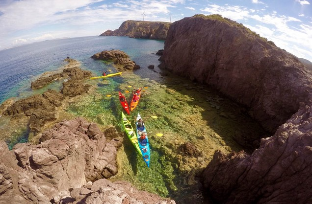 Wild Argolida Kayak Tour: canoe kayiak in the blue-green and clear waters of the Argolic Gulf
