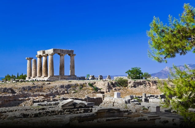 Μυκήνες - Αρχαία Κόρινθος / Κανάλι - Επίδαυρος από Ναύπλιο: θέα ναού στην αρχαία Κόρινθο