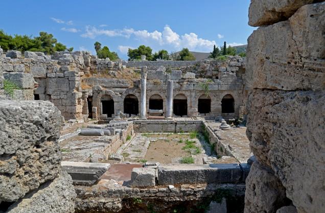 Η κρήνη Πειρήνη στην αρχαία Κόρινθο