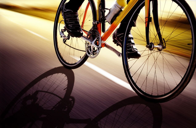 Ποδηλασία Ναύπλιο - Τίρυνθα - Μυκήνες: Ναύπλιο Μυκήνες ποδηλάτης στο δρόμο