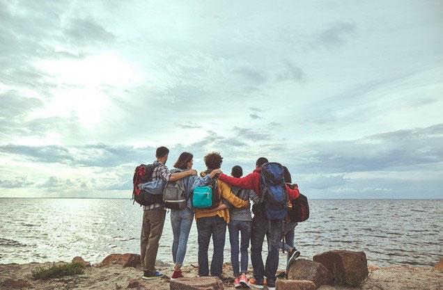 Πεζοπορία Ναύπλιο - Καραθώνα - Αγ.Νικόλαος: παρέα φίλων στην παραλία Καραθώνα