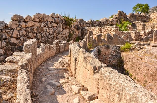 τμήμα των Κυκλώπειων τειχών στις Μυκήνες