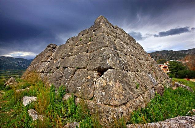 τμήμα του κάστρου του Άργους